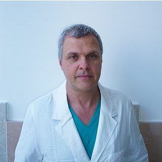 http://www.internationalherniacare.com/wp-content/uploads/2015/11/Dott.-Pietro-Setti-chirurgia-1.jpg